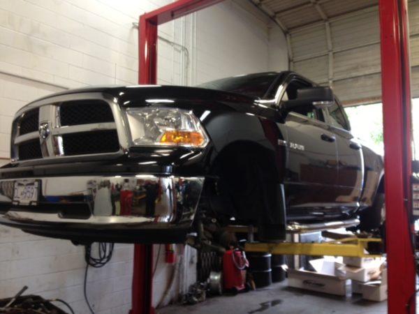 """Dodge Ram 6"""" Pro Comp Lift"""