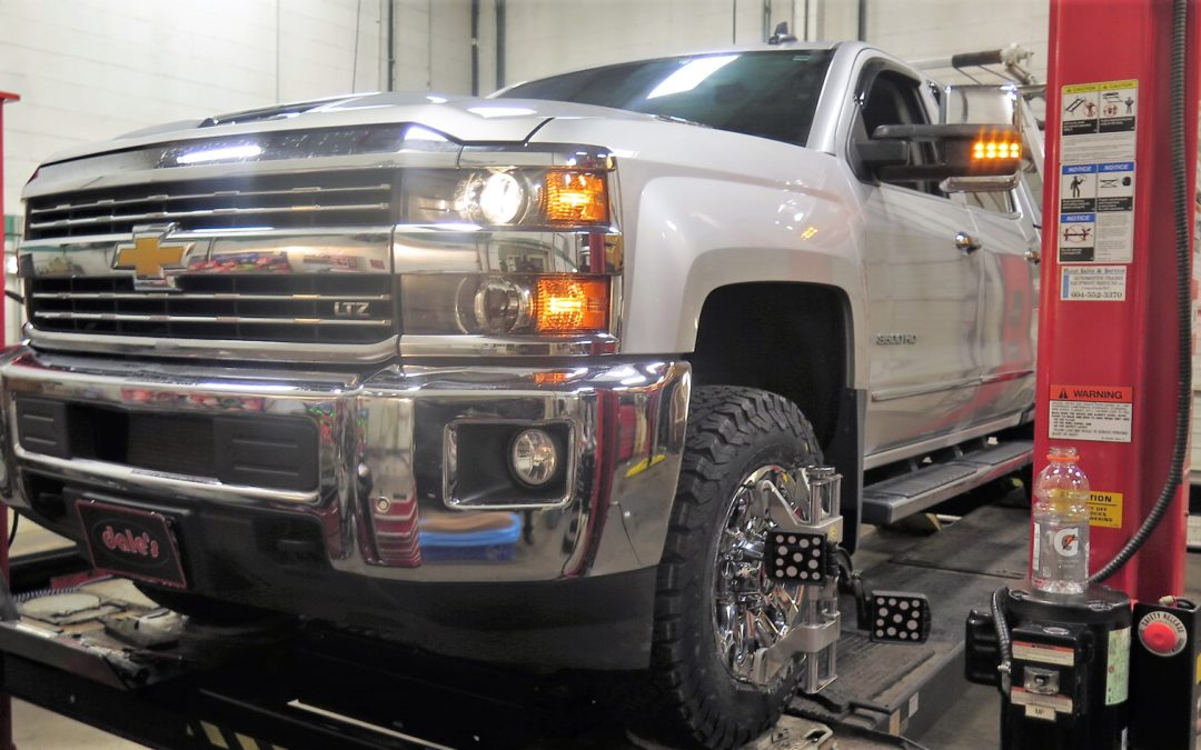 New Silverado in for a TRUXXX Level off Kit
