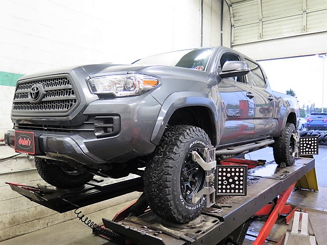 Toyota Tacoma in for a TOYTEC BOSS Suspension Kit